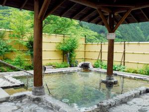 黄金の湯・露天風呂