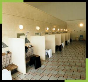 洗い場にはシャンプー、コンディショナー、ボディソープも置いてあります。